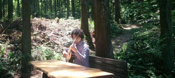 お花と即興音楽による森のレッスン