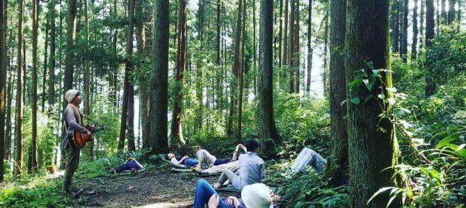 花寿庵の森で『ごろんコンサート』